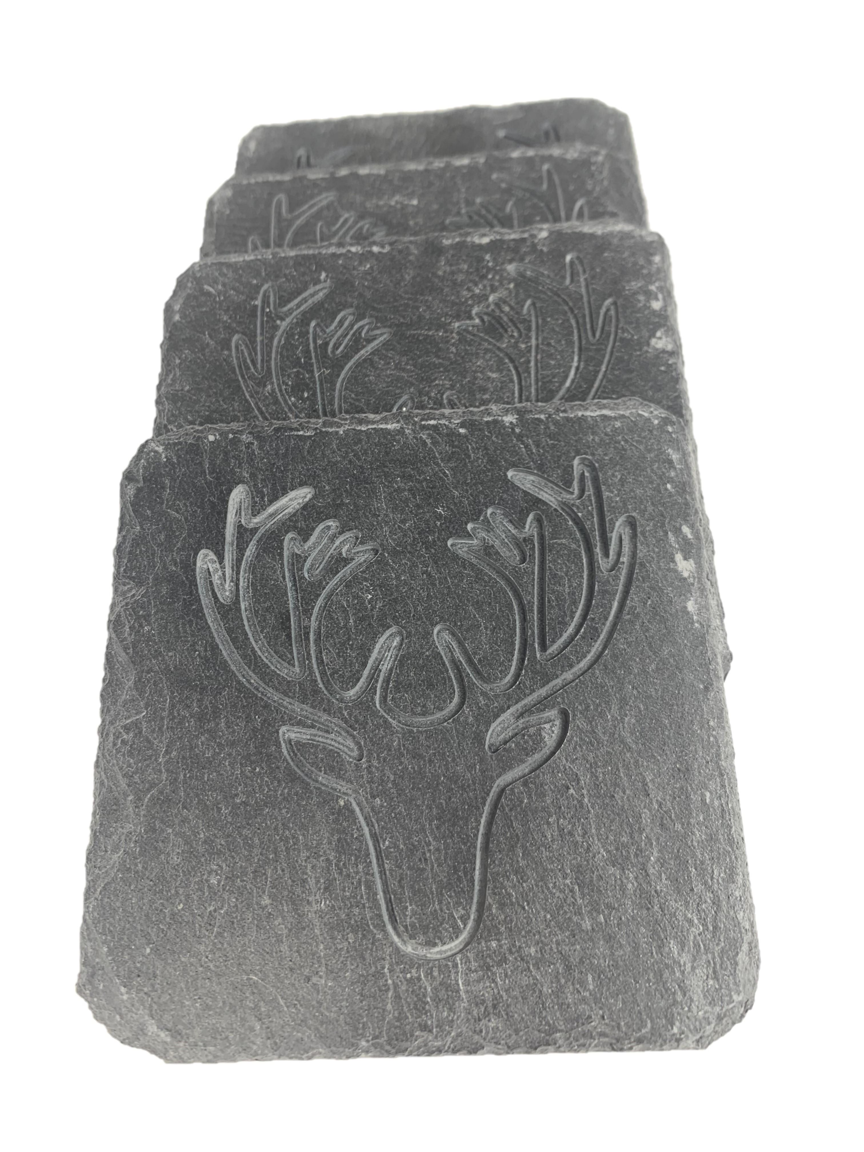 Hirschkopfgravur auf Schieferuntersetzer
